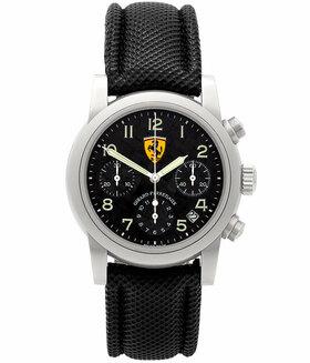 GIRARD PERREGAUX | Ferrari Chronograph Carbon Zifferblatt | Ref. 8020